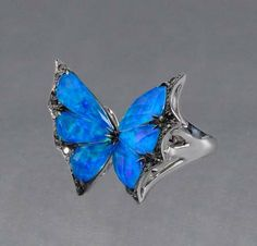 Stephen Webster Fly By Night 18kt White Gold Black Opalescent Quartz Butterfly Ring #JRDunn #Jewelry