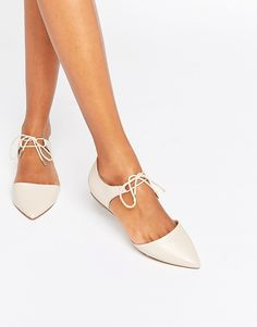 Ankle Tie Point Leather Flat Shoes
