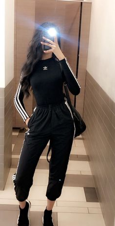 Cute Comfy Outfits, Sporty Outfits, Mode Outfits, Stylish Outfits, Girl Outfits, Teenager Outfits, Swag Outfits, Simple Outfits, Mode Adidas