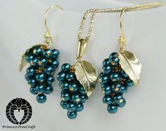 Grapes earrings and necklace set   Peacock by PrincessTreeCraft