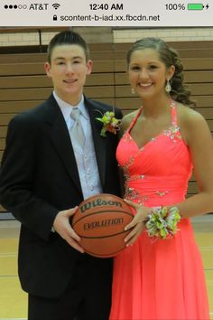 how to ask a basketball player to prom