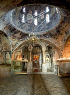 Ohrid, Macedonia - The interior of the Church in St. Sacred Architecture, Beautiful Architecture, Beautiful Buildings, Beautiful Places, Church Pictures, Nature Pictures, Christian Church, Chapelle, Place Of Worship
