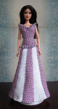 Easy pattern.    Crochet  Barbie   dress   Evening gown   this one is gorgeous with beading !@!!!!!PATTERN  Fashion Doll/Barbie 1954 Beaded by MCraftCreations