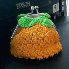 #coinpursecrochet #crochet #myhandmade #pinapple #stilllearning