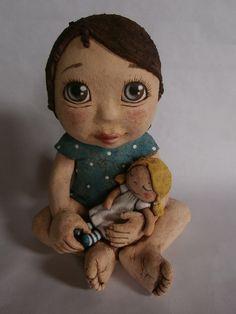 Anička se svou oblíbenou panenkou Teal, Turquoise, Ceramic Pottery, Sculpture, Teddy Bear, Ceramics, Dolls, Disney Princess, Disney Characters