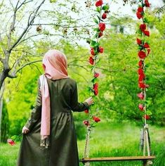 Hijab Niqab, Muslim Hijab, Mode Hijab, Hijab Outfit, Hijabi Girl, Girl Hijab, Beautiful Girl Image, Beautiful Hijab, Niqab Fashion