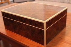 Decorative Boxes : Jewelry Box -Read More – - Woodworking Workshop Plans, Woodworking Inspiration, Woodworking Box, Woodworking Projects, Woodworking Machinery, Woodworking Classes, Youtube Woodworking, Woodworking Basics, Workbench Plans