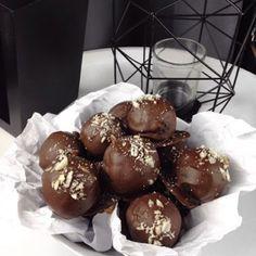 Austrian Recipe, Double Chocolate Pralines, Pralinenrezept, Pralinen selber machen, einfaches Pralinenrezept, Rezept für Pralinen,