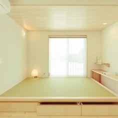 tamaさんの、エッグウォール,パイン材,畳,和室,小上がり,掘りごたつ式に書斎スペース,リビング,のお部屋写真