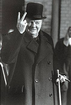 Winston Churchill, le 19 mai 1940 Winston Churchill, Churchill Quotes, Bernard Montgomery, Woodstock, Historical Pictures, Historical Quotes, Al Capone, Life Quotes Love, Story Of The World