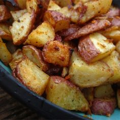 Easy Spicy Roasted Potatoes   A spicy twist to an old favorite.