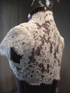 The Lacey Bridal Shrug White or Ivory by Rohm on Etsy Sewing Hacks, Sewing Tutorials, Sewing Crafts, Sewing Projects, Sewing Tips, Sewing Clothes, Diy Clothing, Dress Patterns, Sewing Patterns