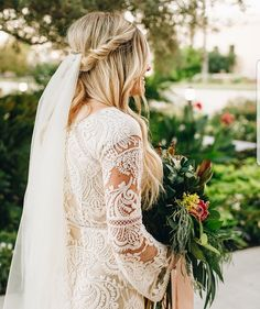 modest wedding dress with long sleeves from alta moda. -- (modest bridal gown) Photo by @cocotingeyphoto