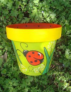 Flower Pot Art, Flower Pot Design, Clay Flower Pots, Flower Pot Crafts, Clay Pots, Paint Garden Pots, Painted Plant Pots, Terracotta Plant Pots, Painted Flower Pots