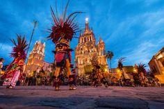 La Alborada Photo by Alex Visbal -- National Geographic Your Shot