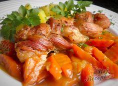 Recept Pečený cop z vepřového bůčku s dušenou kari mrkvičkou a bramborem Thai Red Curry, Chicken, Meat, Ethnic Recipes, Fine Dining, Cubs