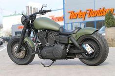 "Harley Davidson Dyna Custom Fat Bob ""Military"" by Thunderbike Custom Moped, Custom Paint Motorcycle, Custom Sportster, Custom Baggers, Custom Choppers, Custom Harleys, Custom Motorcycles, Triumph Motorcycles, Triumph Chopper"