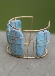 Brilliant Blues Turquoise Stone and Wire Bangle Bracelet