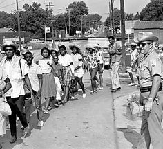 'FREEDOM SUMMER 1964'  |    In June 1964, Northern volunteers attempted a voter registration drive in Mississippi. The Ku Klux Klan and local authorities staged repeated attacks. Three of the volunteers disappeared.
