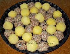 Chiftele cu cartofi la cuptor - Bunătăți din bucătăria Gicuței Vegetable Recipes, Good Food, Eggs, Vegetables, Cooking, Breakfast, Fine Dining, Red Peppers, Kitchen