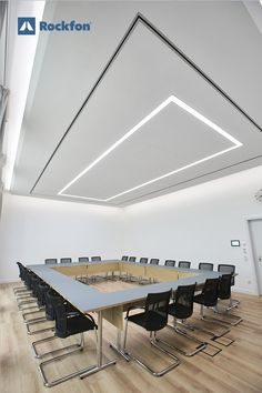 With Rockfon acoustic ceilings you can boost your productivity and be creative without getting distracted. How? With noise reduction and optimal light diffusion. Our products come in all shapes and colours to offer you the freedom to realize your desired design. If you want to know more follow the link and get inspired by our unique products! #soundsbeautiful #office #interiordesign #modernceilings #ceilingdesign #modernoffice #designideas #designinspiration Office Ceiling, Acoustic Design, Sound Absorbing, Office Environment, Noise Reduction, Light Reflection, Unique Products, Ceiling Design, Ceilings
