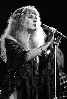 beautiful Stevie onstage    ~ ☆♥❤♥☆ ~   1981 ~ such a pretty face ~ love her cloud of  long, fluffy permed blonde hair