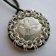 Tutorials | JewelryLessons.com http://www.jewelrylessons.com/tutorials/all?page=28 NOT a free tut