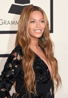 Beyoncé Less was definitely more for beauty at the 2015 Grammys.