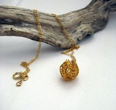 Once upon a time in the west - gold - necklace
