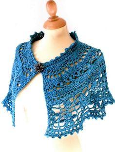Crochet Free Pattern Of Nice Capelet