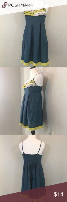 """Velvet Heart Ruffle Detail Dress Size Medium Velvet Heart Ruffle Detail Dress Size Medium. Measurements laying flat- armpit to armpit: 15"""" nape to hem: 30.5"""" Velvet Heart Dresses Midi"""