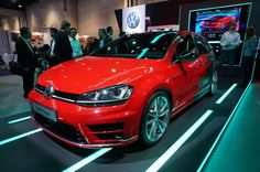 Hands off with the Volkswagen Golf R Touch at CES 2015
