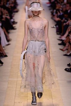 Christian Dior - Spring 2017 Ready-to-Wear