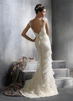 Elegance at its finest. My dream wedding dress!