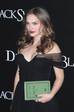 Hottest Actress Natalie Portman. Hottest actress of Star war. Natalie Portman wonderful curve.