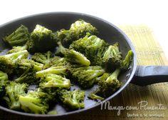 Brócolis Alho e Óleo (na verdade é Azeite, mas abafa o caso), seu sabor é maravilhoso. Clique na imagem para ver a receita no blog Manga com Pimenta.
