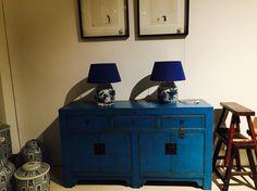Chinees dressoir blauw €645