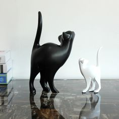 Find More Figurines & Miniatures Information about  living room TV cabinet Home Furnishing decorative gift soft resin is black and white cat ornaments The cat model,High Quality ornament prices,China ornamental container Suppliers, Cheap ornament girl from Wooden box / crafts Store on Aliexpress.com