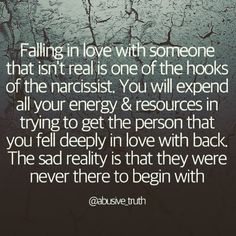 Falling in love. Narcissistic People, Narcissistic Mother, Narcissistic Behavior, Narcissistic Sociopath, Narcissistic Disorder, Abuse Quotes, Wisdom Quotes, Qoutes, Narcissist Quotes