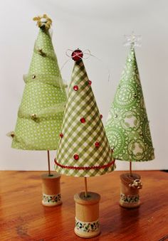 Scrappin' Around the Clock: Paper Trees Tutorial - ScrapMuch?