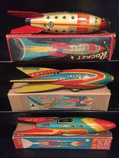 Diseño de juguetes Vintage Space, Vintage Tins, Metal Toys, Tin Toys, Atomic Decor, Rocket Ships, Retro Rocket, Vintage Robots, Space Toys