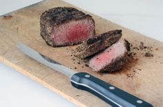 Homemade Steak Rub on http://www.elanaspantry.com