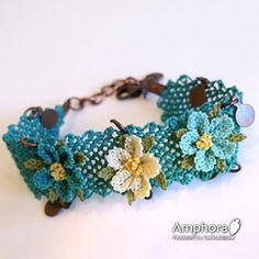 イーネ・オヤ刺繍針で作る繊細なレースブレスレッド/3色の小花