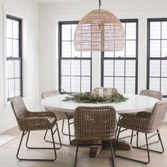 Woven Dining Chairs, Dinning Room Tables, Woven Chair, Dining Room Design, Room Chairs, Table And Chairs, Round Kitchen Tables, Round Dinning Table, Sunroom Dining