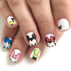 Disney's Mickey Mouse, Minnie Mouse , Donald Duck, Daisy Duck, goofy, Mickey and ℅ nail art design