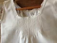 4d0d960568 Antique French White Linen Nightgown    Nightdress