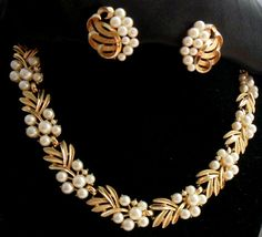 Jewellery Shops In Dubai Airport versus Jewellery Gold In Shop - Design Of Necklace Set In Gold from Jewellery Stores New York nor Jewellery Shops Edinburgh<br> Pendant Jewelry, Gold Jewelry, Beaded Jewelry, Jewelery, Jewelry Necklaces, Pearl Necklaces, Gold Pendant, Jewelry Patterns, Jewelry