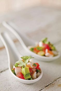 Cucharas de ceviche de langostinos Beste Cocktails, Healthy Cocktails, Easy Cocktails, Low Calorie Smoothies, Fruit Smoothies, Nutritious Meals, Healthy Snacks, Healthy Recipes, Free Recipes