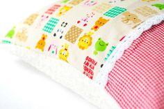 Schmusekissen ♥Süße Tiere & Kar♥ | Öko-Teddy 35x25 von ♥ Fräulein Milou Soleil ♥ auf DaWanda.com