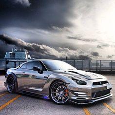 Nissan GT-R!